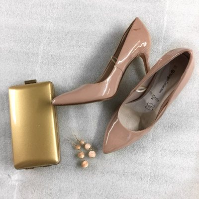 bag clutch heels earrings